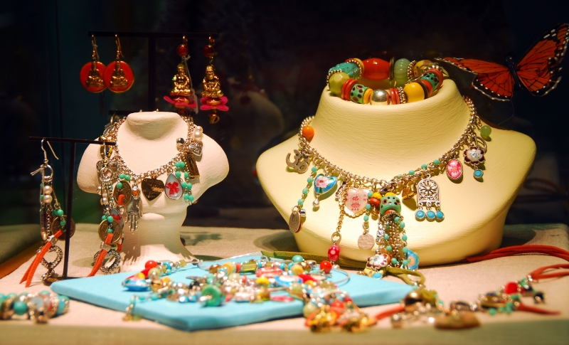 31672-jewelry